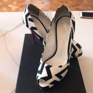 Giuseppe Zanotti Pix 90 Sandal Heels